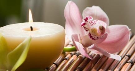 Candle massage dall ayurveda il benessere con le candele