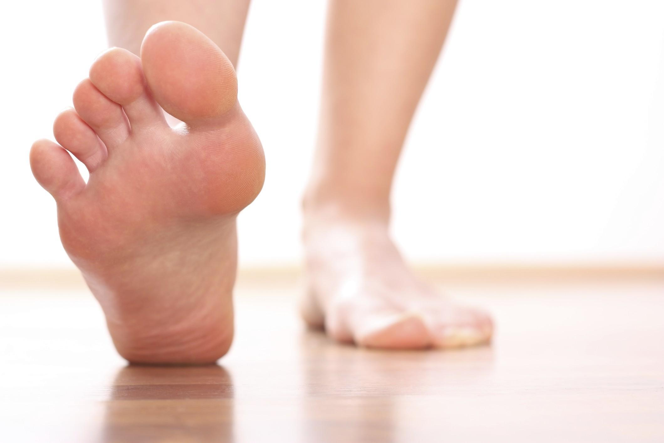 Trattamento di un fungo di unghie di medicine di gambe Ucraina