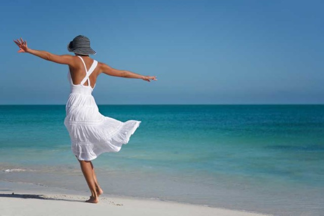donna-spiaggia-mare-640x426